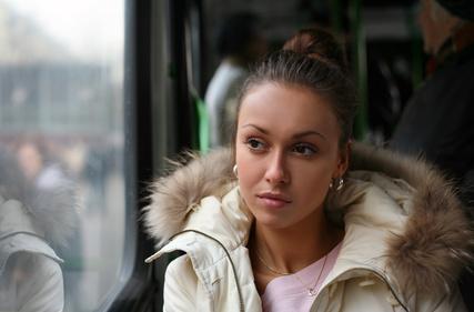 approcciare ragazza autobus