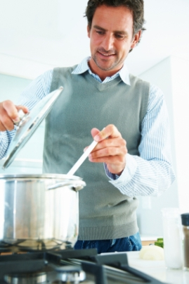 4 e piccole cose che bello che un uomo sappia fare for Cucinare anni 50