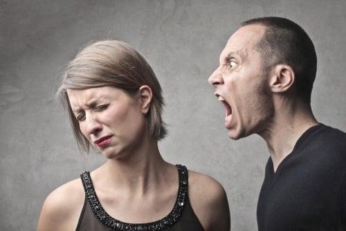 non fare scenate di gelosia se la tua ex si sente con un altro